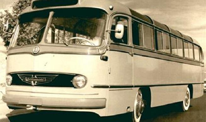 تاریخچه حمل و نقل جادهای