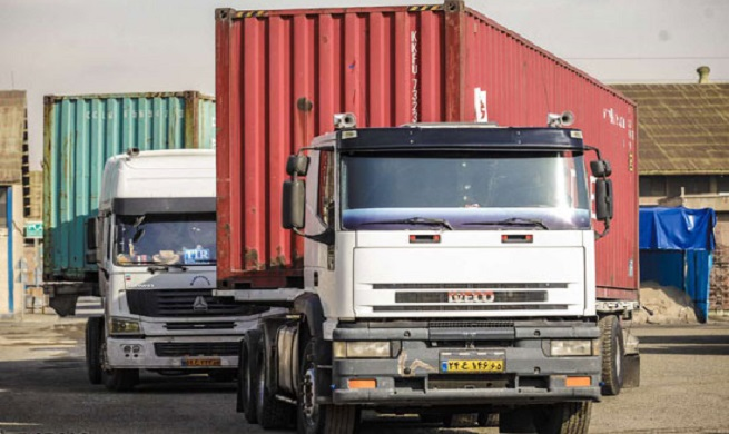 خودروهای میلیاردی در گمرگ غرب تهران