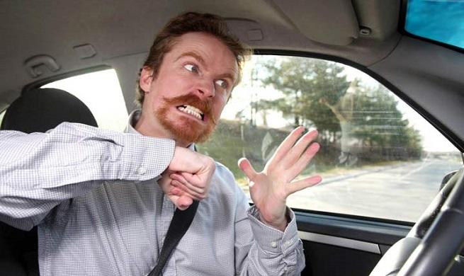 اشتباهات رانندگی که میتواند سرنوشتتان را تغییر دهد!