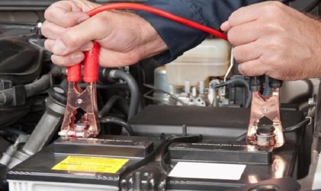 دلایل اصلی خالی شدن باتری خودرو