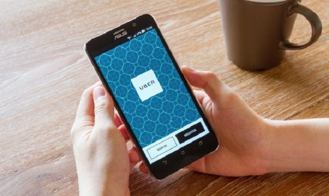 مقایسه اوبر و لیفت در خدمات تاکسی آنلاین