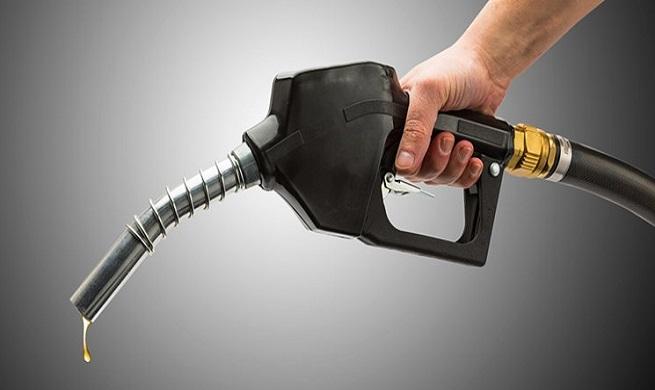 یک لیتر بنزین در روز برای هر نفر