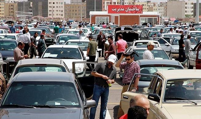 با افزایش قیمت، فروشنده در بازار خودرو زیاد شد