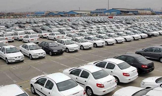 خاک خوردن ۱۰۵ هزار خودرو ناقص در کارخانهها