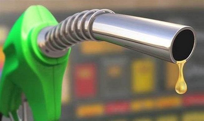 سهمیه بندی بنزین به زودی اجرایی می شود