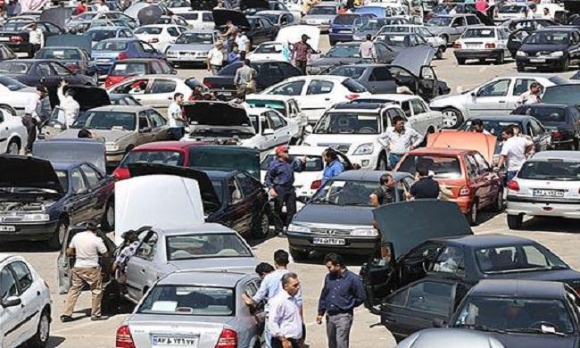 قیمت خودروهای داخلی بازار در سرازیری