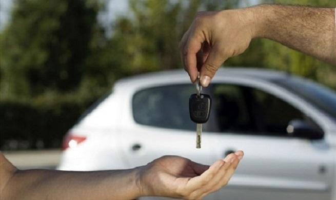 سایتهای خرید و فروش، بازار خودرو را به هم ریختهاند